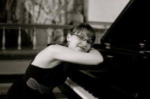 Pianolærer i Oslo prof. Noemi Utasi