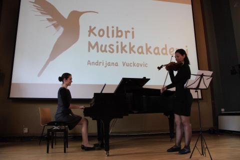 Musikkskole Sommerkonsert Oslo fiolin og pianolærer spiller