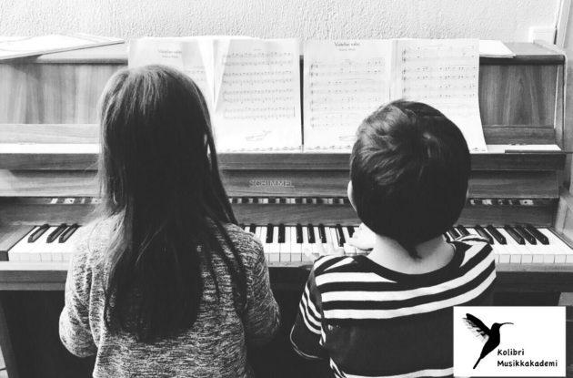 piano barn fra 8 år, stolte pianolærere