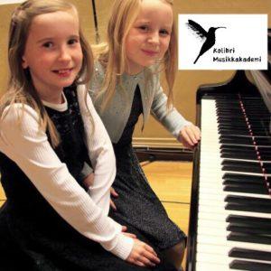 pianokurs pianolærer pianoskole pianometode pianoundervisning piano school piano lesson piano teacher piano piano lærer piano time piano Oslo Stavanger lær å spille piano lære å spille piano pianotime piano opplæring