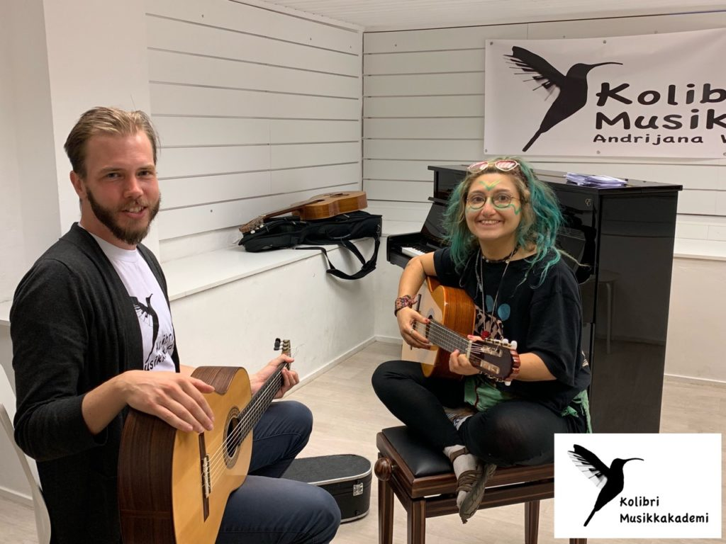 Oslo Kulturnatt gitar, individuelle gitartimer- prøv å lære gitar gratis på Oslo Kulturnatt- musikkskolen Kolibri
