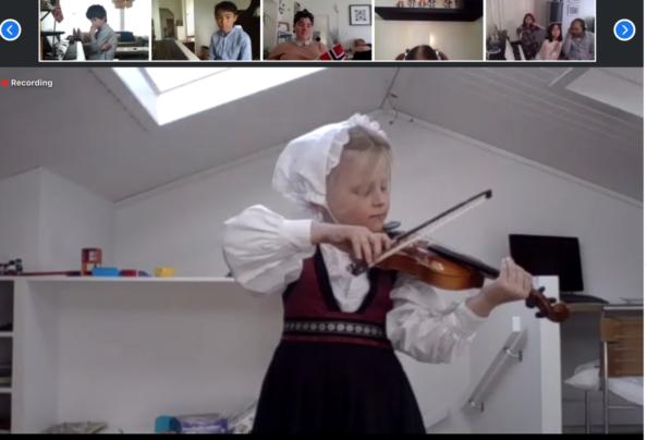 koronastavanger, barn 6 år spiller fiolin, 17mai, nasjonaldag OSlo, gratulerer med dagen.jpg