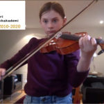 Rebecca 8 år spiller fiolin
