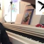 Rayann 9 år spiller piano